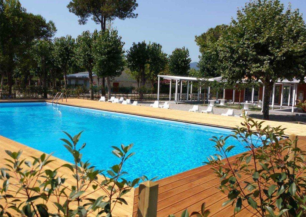 Campeggio con piscina a massa carrara - Camping toscana con piscina ...